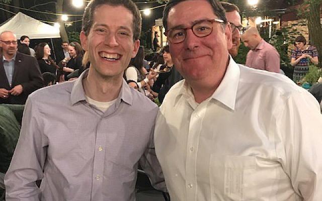 Jonathan Bernstein, a Jewish Chronicle board member, and Mayor Bill Peduto enjoy the Garden Sizzler.   Photo courtesy of Elena Davis