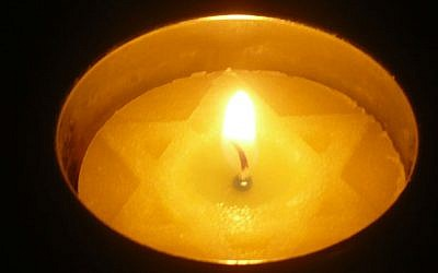 memorial-candle_16x9