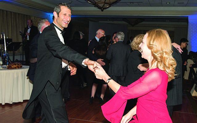 Congregation Beth Shalom Rabbi Seth Adelson and his wife, Judy Adelson. (Photo courtesy of Beth Shalom)