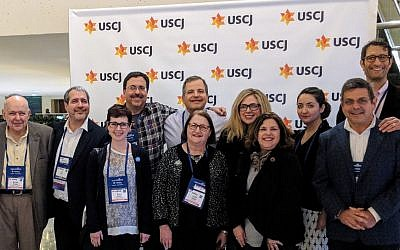 A subset of the Pittsburgh contingent poses for a photo at the USCJ convention. (Photo by Mindy Gordon, USCJ Kehila Relationship Manager for the Central District)