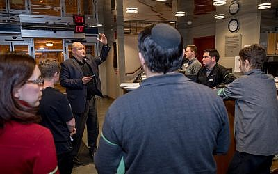 Jewish Federation Director of Community Security Brad Orsini briefs volunteers about their roles in the drill. Several Jewish organizations sent representatives to the simulation, to help them gain security knowledge for use at their own facilities. (Photo by Elan S. Mizrahi for the Jewish Federation of Greater Pittsburgh)