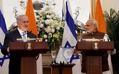 Israeli Prime Minister Benjamin Netanyahu and Indian Prime Minister Narendra Modi make a joint appearance in India. (Photo by Avi Ohayon/GPO)