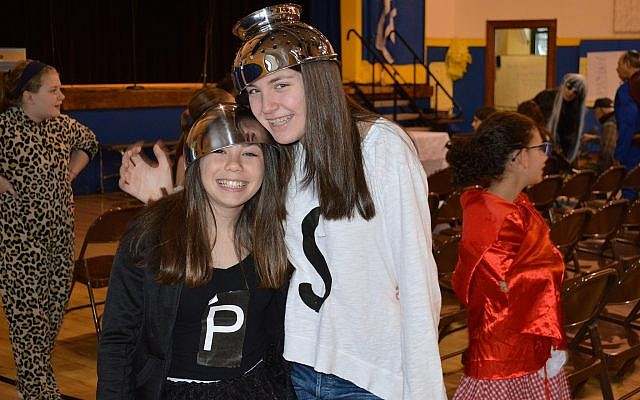 CDS eighth-graders Carly Caplan, left, and Madison Zunder. (Photo courtesy of Community Day School)