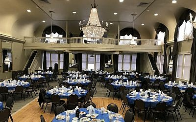 The seder was held at the O'Hara Student Center at the University of Pittsburgh on March 30. (Photo courtesy of Chabad House on Campus)