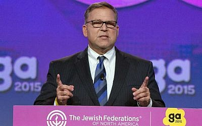 Jerry Silverman, CEO of the Jewish Federations of North America, speaking at his organization's General Assembly, Nov. 10, 2015. (Photo courtesy of JFNA)