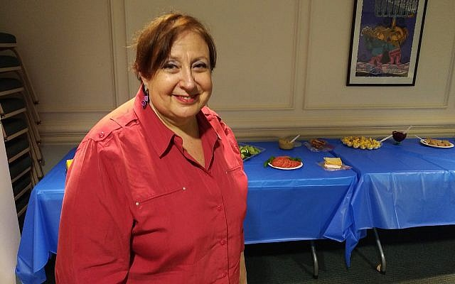 Volunteer Dee Selekman has been preparing breakfast at Congregation Beth Shalom for the past seven years. (Photo by Adam Reinherz)