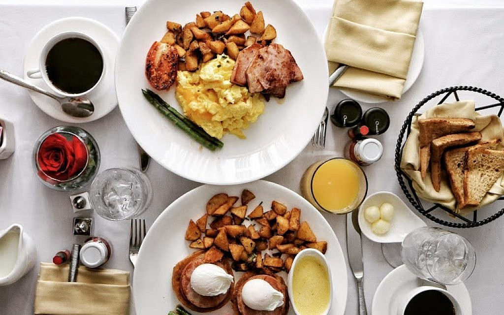 Breakfast at the Ritz Carlton in Atlanta. (Photo courtesy of Rayna Greenberg)