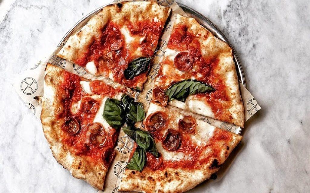 Simo Pizza, New York City. (Photo courtesy of Rayna Greenberg)