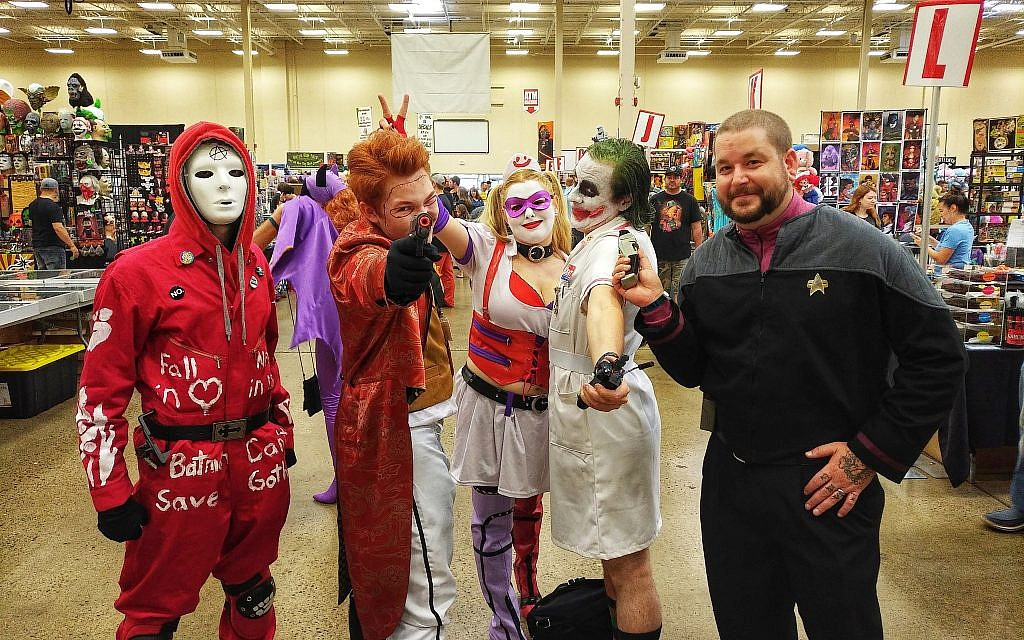 Justin Delsignore (left), Spencer Kids, Nikki Bath, Shawn Poland and Spike Bowan pose while partaking in cosplay at Steel City Con. (Photo by Adam Reinherz)