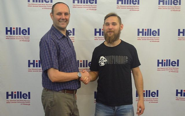Hillel JUC executive director Dan Marcus introduces new Israel fellow Andrey Kogan.(Photo courtesy of Hillel JUC)