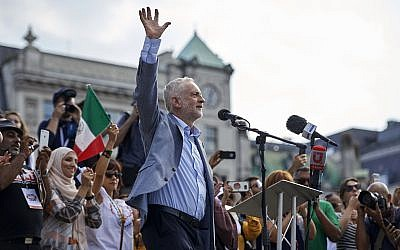 Jeremy Corbyn addresses a crowd in London's Trafalgar Square in July. (Photo by Niklas Hallen/AFP/Getty Images)