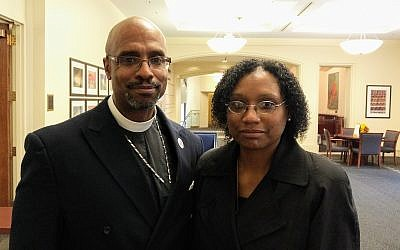 Rev. Eric S.C. Manning of Mother Emanuel in Charleston, South Carolina (left) and Andretta M. Manning flew to Pittsburgh to comfort Rabbi Hazzan Jeffrey Myers and the Tree of Life community. Mother Emanuel was the site of a 2015 hate crime which resulted in the death of nine African Americans who were attending a prayer service. (Photo by Adam Reinherz)