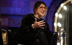 """During the Jewish Federation of Greater Pittsburgh's Young Adult Division event """"An Evening With Mayim Bialik,"""" in Feb. 2019,  Bialik described the significance of her Jewish identity as an individual and as a celebrity. (Photo by Joshua Franzos)"""
