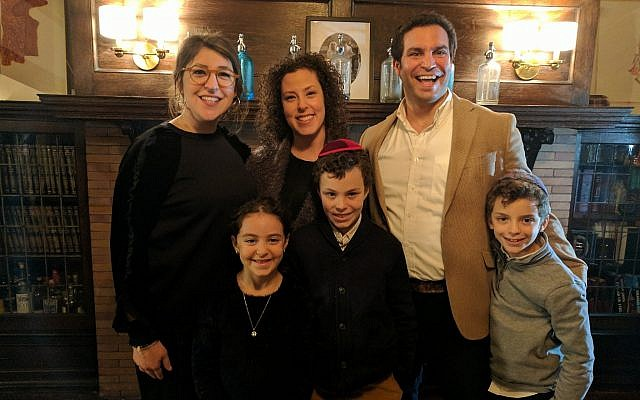 Mayim Bialik with her weekend hosts the Knoll family.   Photo by Adam Reinherz