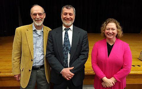 Dan Leger (left), Rabbi Daniel Wasserman and Stefanie Small shared thoughts on the value of a chevra kadisha. Photo by Adam Reinherz