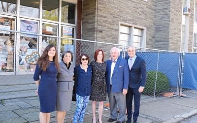 Members of Temple Shalom visit the Tree of Life synagogue building (Photo provided by Michelle Goldson)