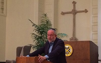Yossi Klein Halevi spoke at the Pittsburgh Theological Seminary. (Photo by Toby Tabachnick)