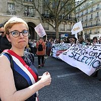 Leftist La France Insoumise (LFI) party MP Clementine Autain takes part in a demonstration on April 19, 2018 in Paris, as part of a multi branch day of protest called by French unions CGT and Solidaires against French President's reforms amid a rail strike and spreading student sit-ins in Paris, France on April 19, 2018. (Photo by Michel Stoupak/NurPhoto via Getty Images)