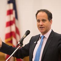 Rabbi Jonah Pesner speaks at Temple Sinai. Photo provided by Dale Lazar.