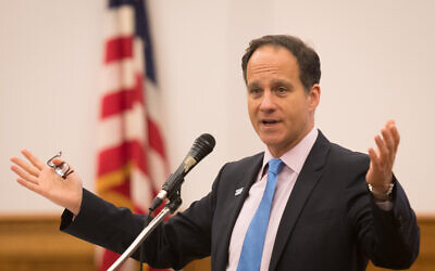 Rabbi Jonah Pesner speaks at Temple Sinai. Photo provided by Dale Lazar.