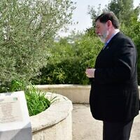 Mayor Bill Peduto visited Israel last year and honored the memory of those murdered on Oct. 27.Photo by Rafi Ben Hakun, KKL-JNF