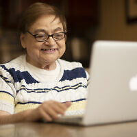 Filomena Varvaro takes a class on the Virtual Senior Academy. Photo courtesy of Jewish Healthcare Foundation