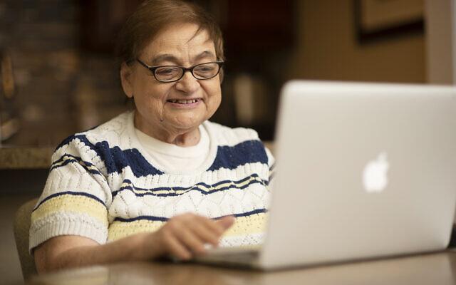 Filomena Varvaro takes a class on the Virtual Senior Academy. Photo courtesy of Jewish Healthcare Foundation