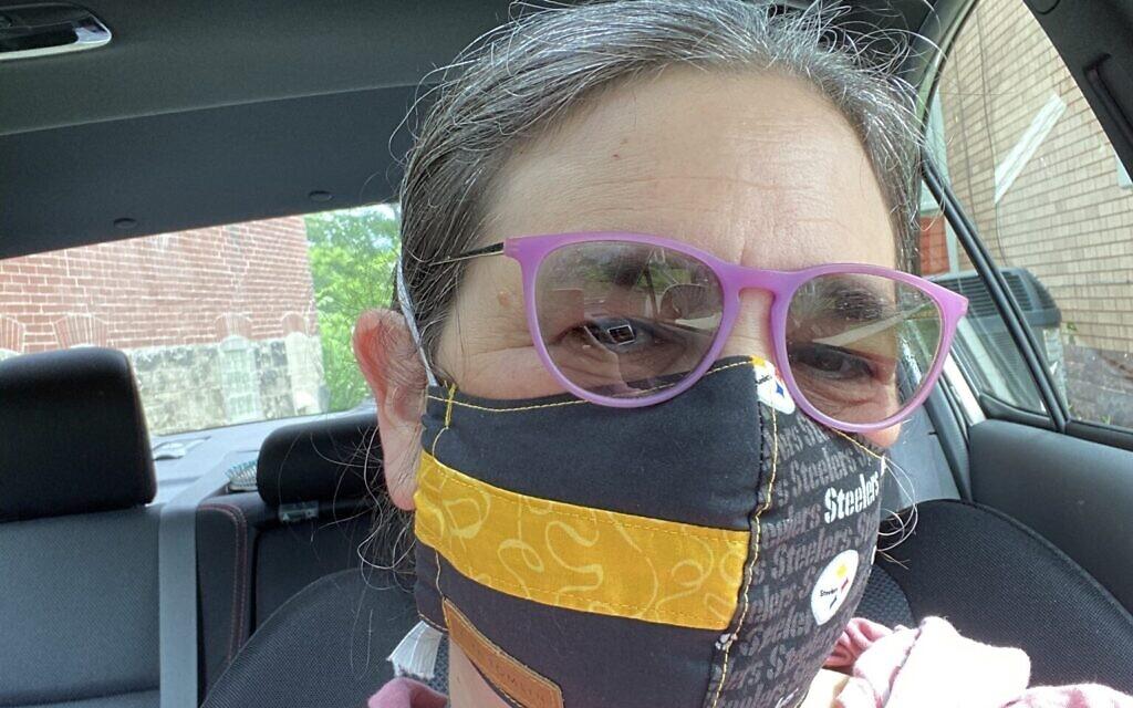 Renée Translateur wears a Steelers black and yellow mask from Kiya Tomlin. Photo courtesy of Renée Translateur