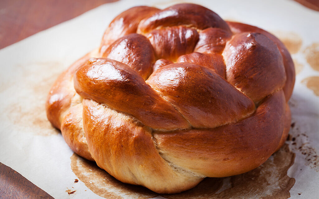 Freshly baked homemade challah bread. (iStock photo by Natalia Van Doninck)