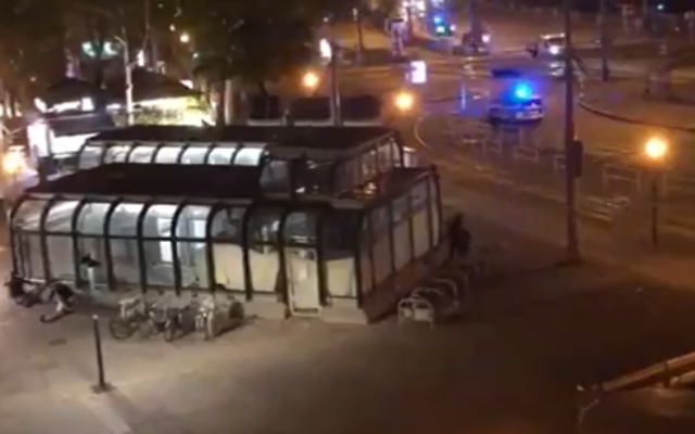 The scene of a shooting incident near a synagogue in Vienna, Austria, November 2, 2020. (Screenshot: Twitter via Times of Israel)