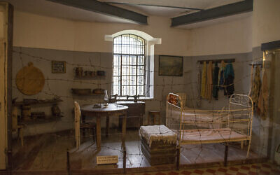 This is a replica of a room in the Kovno ghetto at the museum in the Ninth Fort at Kaunas, Lithuania. Photo by A.Davey courtesy of Flickr.com