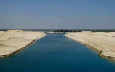 Transit Suez Canal. Photo by Harry and Rowena Kennedy courtesy of Flicker.com.