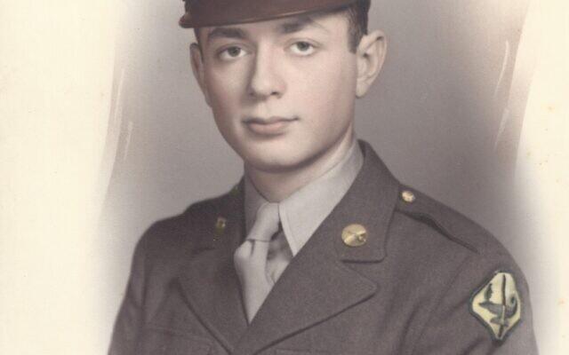 Herbert Mandel in uniform. Photo courtesy of Rosanne Levine