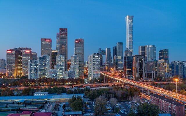 Beijing at night (Photo by Jeremy Zhu from Pixabay)