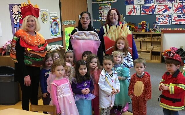Teachers and children at Rodef Shalom's Family Center Preschool prior to the pandemic (Photo by Mimsie Leyton)