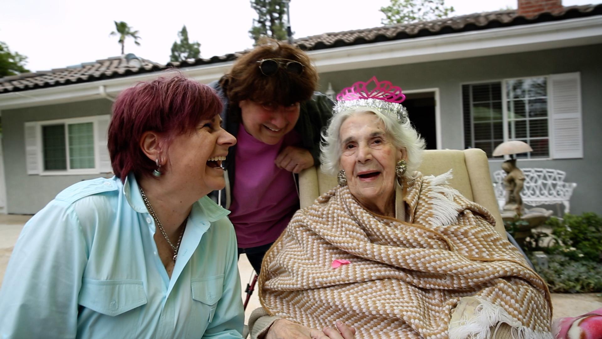 "Maxine Lapiduss, Sally Lapiduss & Esther Lapiduss in ""IT'S NOT A BURDEN."" Photo courtesy of Greenie Films."