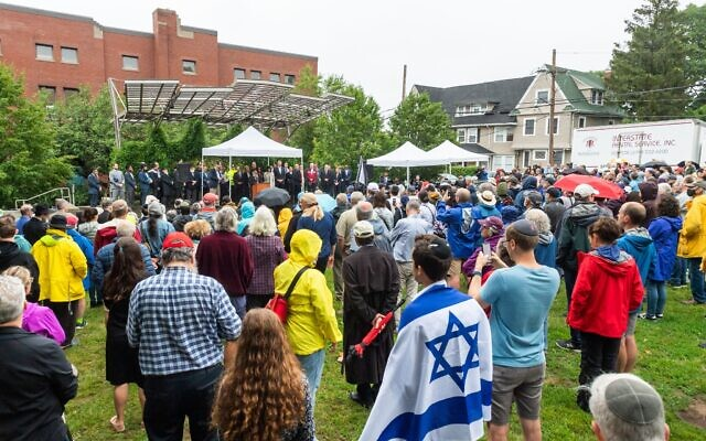 Hundreds gather on July 2, 2021, for a rally in Brighton, Mass., in support of Rabbi Shlomo Noginski, who was stabbed the day before in the same park across the street from his Jewish day school. (Courtesy of Combined Jewish Philanthropies of Greater Boston)