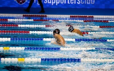 Zoe Skirboll swims at the Olympic Trials. Photo by Brian Wright