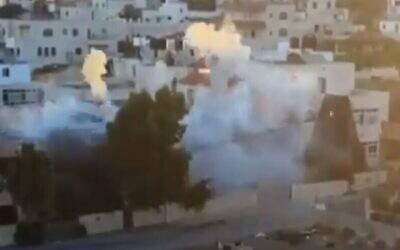 The Israel Defense Forces demolishes the home of accused terrorist Muntasir Shalabi in the village of Turmus Ayya, July 8, 2021. (Source: Twitter via JNS)