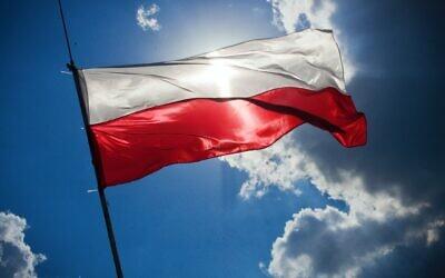 Polish flag (Photo by kaboompics via Pexels)