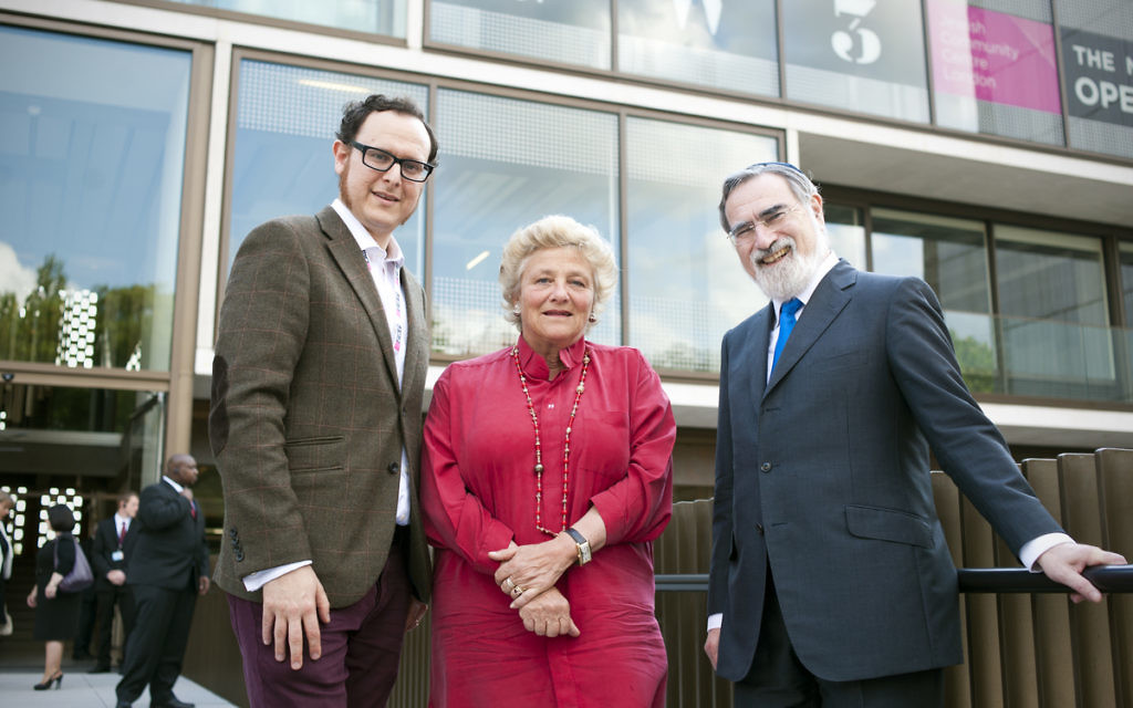 Dame Vivien Duffield (centre) outside JW3 with former Chief Rabbi Lord Sacks and the centre's CEO Raymond Smonson
