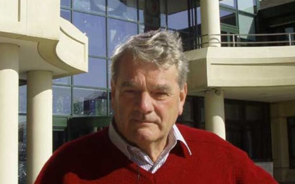 Holocaust denier David Irving set to lead tour of Nazi camps