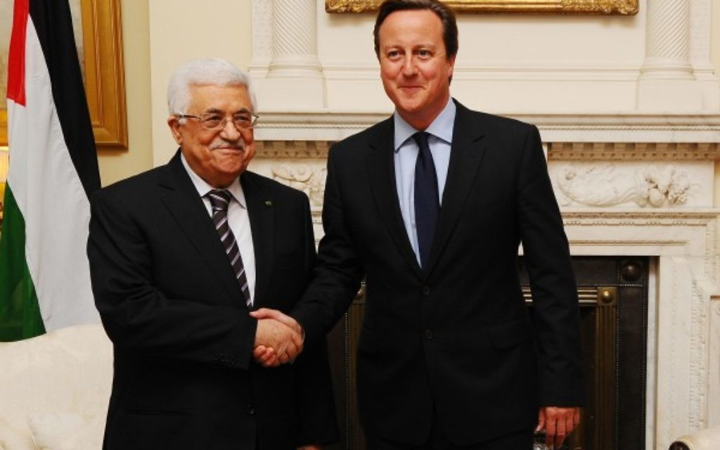 David Cameron welcomes Palestinian president Mahmud Abbas to Downing Street