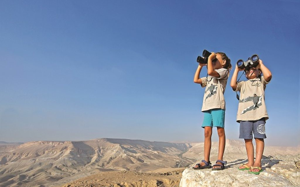In total, a record 3.54 million visitors entered Israel in 2013.