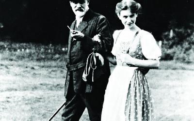 Sigmund Freud walking with his daughter  (Courtesy of Ullstein-bild-Imagno)