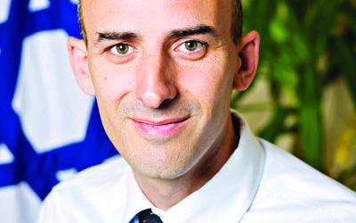 Yiftah Curiel