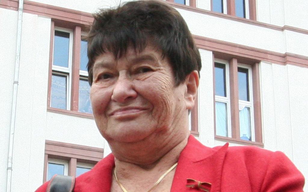 The German-Jewish writer Stefanie Zweig has died aged 81.