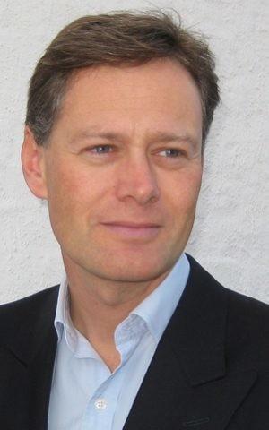 Toey, Matthew Offord MP