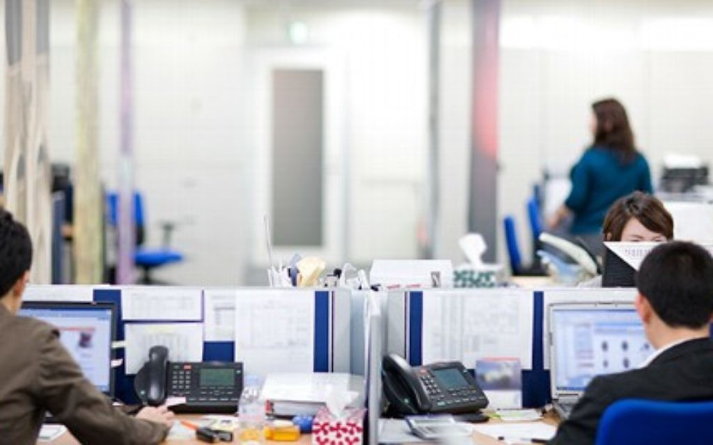 Jewish and Muslim workers reported finding it hard to get time off work for religious reasons, the research by the Equality and Human Rights Commission found.