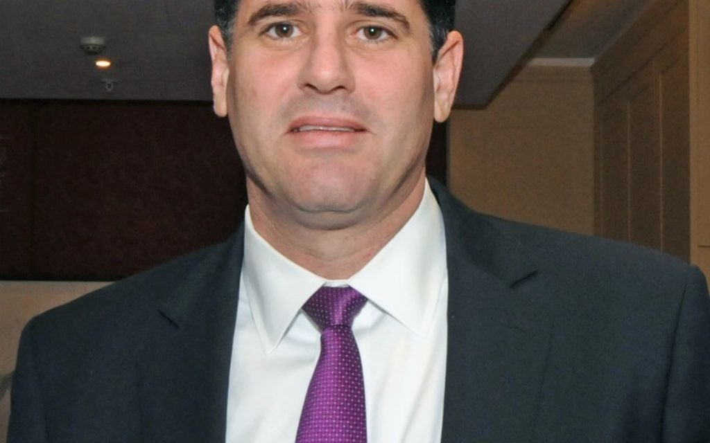 Ron Dermer at the One Family Dinner (Credit: JOhn Rifkin)